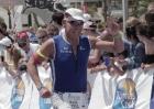 Triathlet Mario hat das Ziel des IM 70.3 Mallorca vor Augen