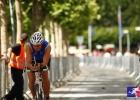 triathlet-mario-muhren-auf-radstrecke-t3